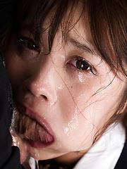Yamashita Ayaka deep swallow - Japarn porn pics at JapHole.com