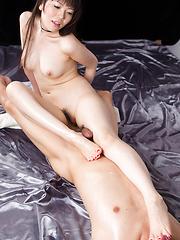 Japanese brunette Miyazaki Yuma - Japarn porn pics at JapHole.com