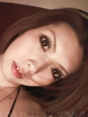 Rinka Kanzaki Asian with hot behind gives blowjob in the car - Japarn porn pics at JapHole.com