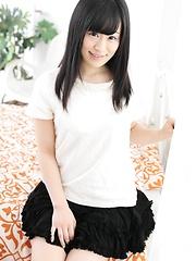 Sweet japanese beauty Yui Kyono - Japarn porn pics at JapHole.com
