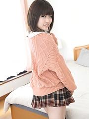 Yuri Hyuga - Japarn porn pics at JapHole.com