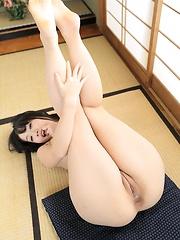Kokomi Shiozaki - Japarn porn pics at JapHole.com