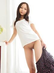 Mai Yoshida - Japarn porn pics at JapHole.com