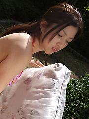 Azusa Togashi Asian shows sexy body in bath suit unde sun light - Japarn porn pics at JapHole.com