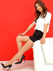 Reika Miki Asian with sexy legs shows hot behind in tight skirt - Japarn porn pics at JapHole.com