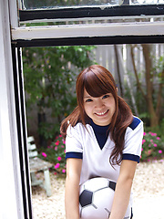 Manami Sato Asian in sports equipment can´t wait to play ball - Japarn porn pics at JapHole.com