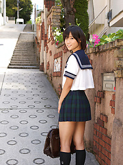 Yuzuki Hashimoto Asian in sailor gal uniform is playful outdoor - Japarn porn pics at JapHole.com