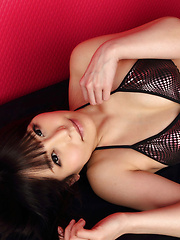 Maria Akamine Asian on heels is very hard to resist in lingerie - Japarn porn pics at JapHole.com
