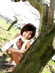 Rina Nagasaki Asian comes in white lingerie to play in nature - Japarn porn pics at JapHole.com