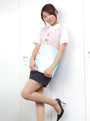 Naoho Ichihashi Asian in tight skirt is a very attractive doll - Japarn porn pics at JapHole.com