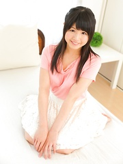 Innocent japanese teen Yuki Shiina shows nude body - Japarn porn pics at JapHole.com