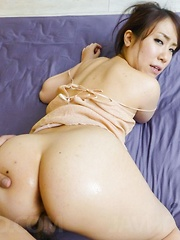 Sakura Ooba Asian with big oiled behind is screwed in dark pussy - Japarn porn pics at JapHole.com