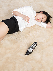 Sexy Japanese teen girl Yokoama Natsiku - Japarn porn pics at JapHole.com