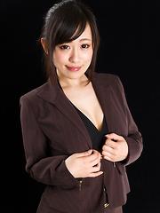 Japanese girl Yui Kyouno footjob - Japarn porn pics at JapHole.com