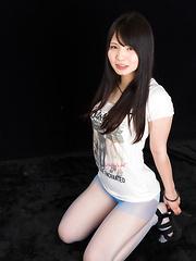 Iori Sana posing in sexy pantyhose - Japarn porn pics at JapHole.com