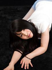 Japanese teen Iori Sana face fuck - Japarn porn pics at JapHole.com