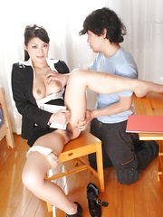 Teen cock and cum get deep inside Ryo Sasaki. - Japarn porn pics at JapHole.com