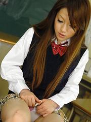 Sexy babe Ria Sakurai gets nailed in class - Japarn porn pics at JapHole.com