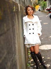 Hot girl You Shiraishi poses outdoor in coat - Japarn porn pics at JapHole.com
