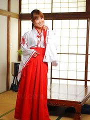 Sweet Yuuno Hoshi strips and teases on floor