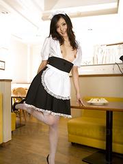 Nasty maid Mai Mizusawa pleases with licking - Japarn porn pics at JapHole.com
