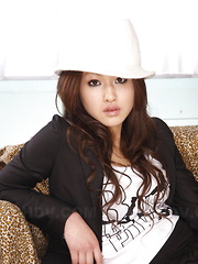 Sensual babe Yu Yamashita teases and poses - Japarn porn pics at JapHole.com