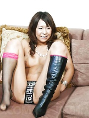 Arisa Aoyama shows off her pussy and toys it for the cameras - Japarn porn pics at JapHole.com
