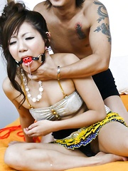 Mahiru Tsubaki Asian with ball in mouth gets vibrator on nooky