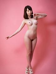 Aya Kisaki shows her pussy - Japarn porn pics at JapHole.com