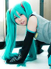 Sexy cosplay babe Miku Oguri - Japarn porn pics at JapHole.com