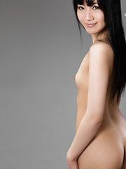 Slim Japanese babe Moeka Kurihara - Japarn porn pics at JapHole.com