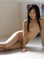 Ai Mizushima erotic pics - Japarn porn pics at JapHole.com