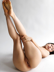 Reika Yamada - Japarn porn pics at JapHole.com