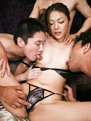 Sakura Hirota Asian gets nipples under vibrators and tongues