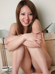 Asian gal Manami Ichikawa shows her vagina - Japarn porn pics at JapHole.com