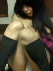 PUSH BUTTON SERVICE - Japarn porn pics at JapHole.com