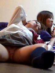 BED WETTING - Japarn porn pics at JapHole.com
