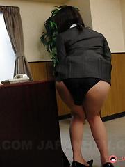 Super hot slut Arisa Suzuki loves group sex - Japarn porn pics at JapHole.com