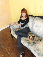 Hot babe Yuno Hoshi showing her sexy body - Japarn porn pics at JapHole.com