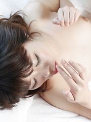 Sakura Aragaki loves to suck a big meat pole - Japarn porn pics at JapHole.com