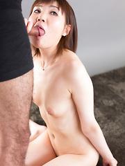 Kosaka Karen - Japarn porn pics at JapHole.com
