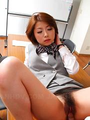 Japanese porn angel gets a fantastic creampie - Japarn porn pics at JapHole.com
