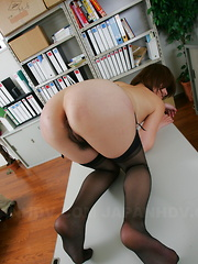 Freaky office slut Tsubaki gets fucked hard