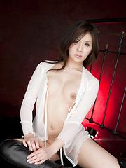 Rinka Aiuchi Asian shows big nude jugs and slit with haircut - Japarn porn pics at JapHole.com