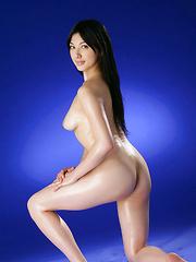 Saori Hara Asian shows hairy pussy while fondling oiled boobies - Japarn porn pics at JapHole.com