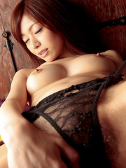 Runa Itou Asian loves taking clothes off and exposing hot body - Japarn porn pics at JapHole.com